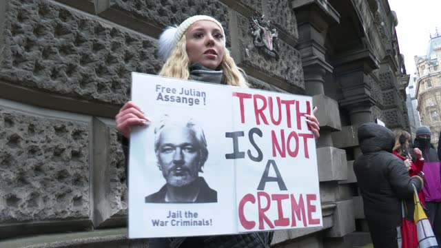 protester talks outside the old bailey on january 4, 2021 in london, england. district judge vanessa baraitser will issue her decision today on... - crime or recreational drug or prison or legal trial stock videos & royalty-free footage
