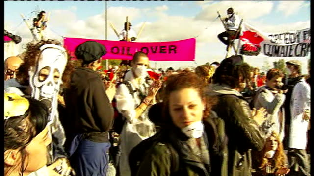 protesters and police at coryton oil refinery in thurrock england essex stanford le hope ext **music heard throughout sot** general views of 'crude... - thurrock stock videos and b-roll footage