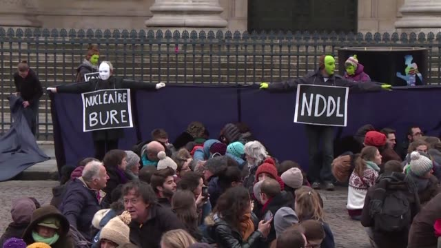 protesters called for the end of financing of energies of the past in front of paris's pantheon on tuesday on the sidelines of the one planet summit... - pantheon paris stock videos & royalty-free footage