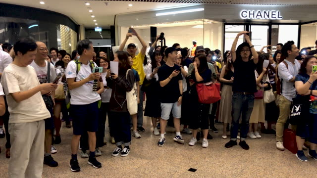 protesters demonstrate in times square shopping mall on september 12, 2019 in hong kong, china. pro-democracy protesters have continued... - times square causeway bay stock videos & royalty-free footage
