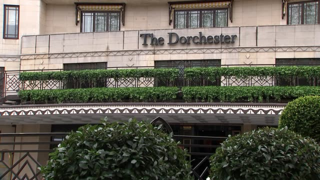 protesters demonstrate outside the dorchester hotel against brunei's anti-lgbt laws; uk, london: dorchester hotel gvs. england: london: park lane:... - dorchester hotel stock videos & royalty-free footage