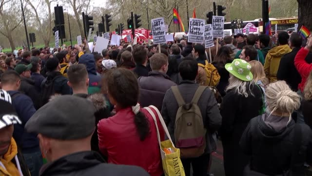Protesters demonstrate outside the Dorchester Hotel against Brunei's antiLGBT laws ENGLAND London Park Lane Dorchester Hotel EXT Protesters chanting...