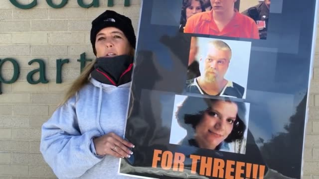 Protesters in support of Steven Avery standing outside the Manitowoc courthouse Interviews included