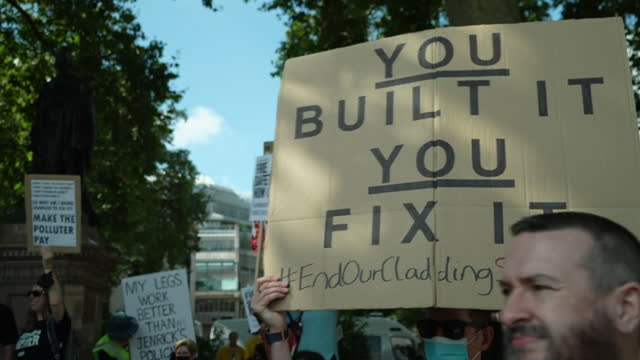 protesters outside houses of parliament, by flat owner and leaseholders, whose propertys are caught up in the cladding crisis - politics and government stock videos & royalty-free footage