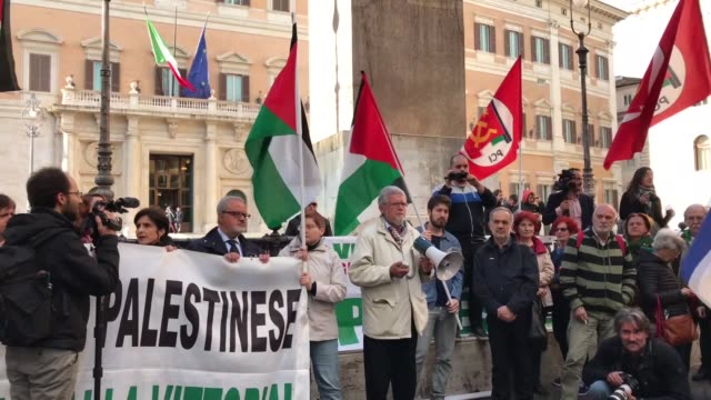 protesters shout slogans and wave palestinian flags during a demonstration in rome on may 15 to denounce the bloodshed along the gaza border and the... - 2018 gaza border protests stock videos & royalty-free footage