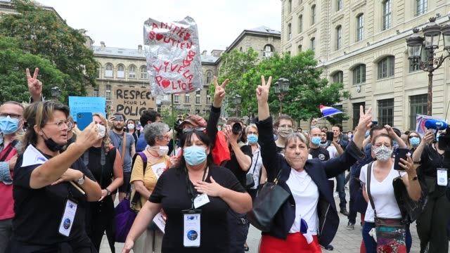 protesters sing french national anthem during the collective ffoc rally in support of the police force on june 27 2020 in paris france the slogan... - femininity stock videos & royalty-free footage