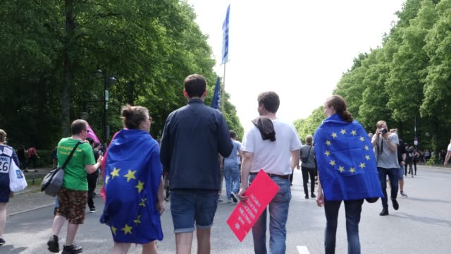 "protesters take part in the ""one europe for all"" march on may 19, 2019 in berlin, germany. thousands of people are marching in similar events in... - eu flag stock videos & royalty-free footage"