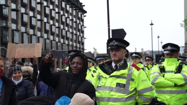 protesters take selfies with uk polices at a black lives matter protest in london on june 7, 2020 in london, united kingdom. the death of an... - london england stock videos & royalty-free footage