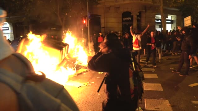 protestors seen making a barricade on october 17, 2019 in barcelona, spain. earlier in the week, the spanish supreme court sentenced nine catalan... - barricade stock videos & royalty-free footage