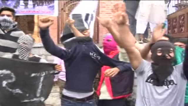 protests erupted in muslim majority areas of indian-controlled kashmir friday against the execution of jamaat-e-islami leader moti-ur-rahman nizami... - hanging execution stock-videos und b-roll-filmmaterial