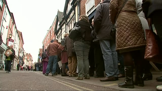 psychology behind queuing etiquette revealed; psychology behind queuing etiquette revealed; r23031510 / 23.3.2015 leicester: ext various shots of... - social grace stock videos & royalty-free footage
