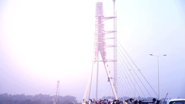 Public crowd near Signature Bridge (Wazirabad), Delhi, Time Lapse