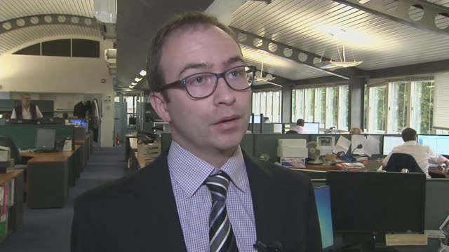 TUC warns government against 'cherrypicking' police and prison officers for pay rises INT Jonathan Cribb interview SOT Prisoner officer Jules Holford...
