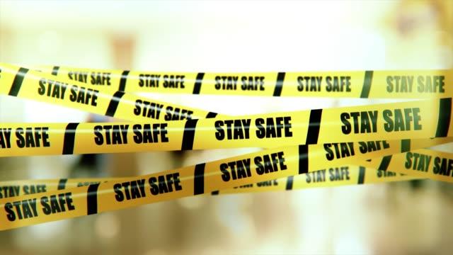 stockvideo's en b-roll-footage met openbare waarschuwing om voor uzelf te zorgen voor uw eigen veiligheid en preventie van risico's voor uw gezondheid - afzetlint