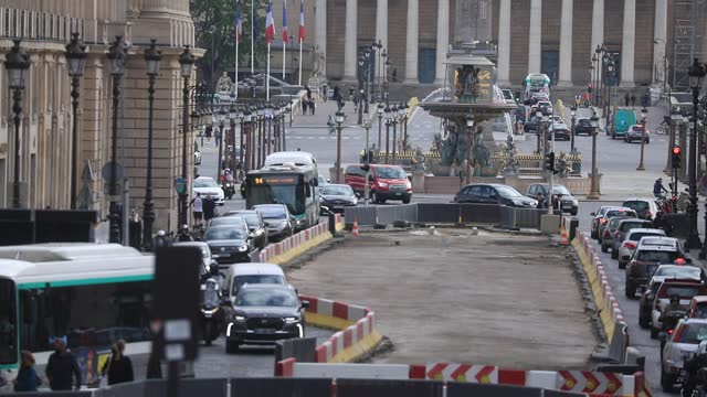 public works on rue royale causes rush hour traffic jams, in the background the place de la concorde on may 4, 2021 in paris, france. lately, many... - boulevard stock videos & royalty-free footage