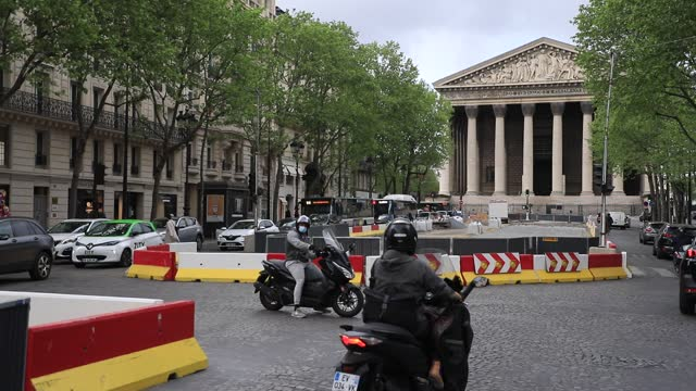 public works on rue royale causes rush hour traffic jams, the church of la madeleine in the background on may 4, 2021 in paris, france. lately, many... - boulevard stock videos & royalty-free footage