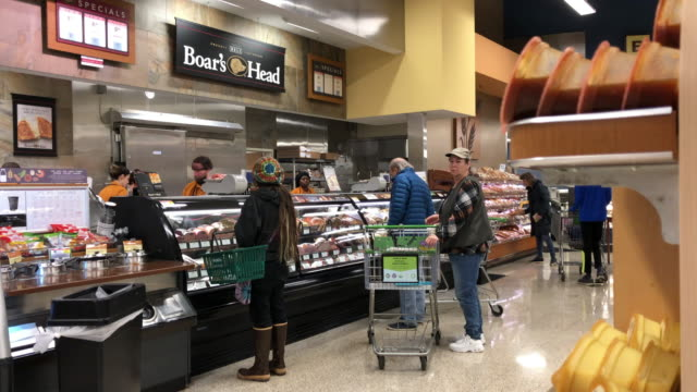 publix super markets, inc., commonly known as publix, is an employee-owned, american supermarket chain headquartered in lakeland, florida. - chain store stock videos & royalty-free footage