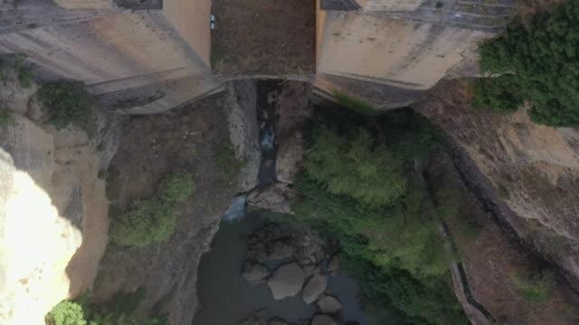 puente nuevo and the canyon / ronda, spain - puente video stock e b–roll