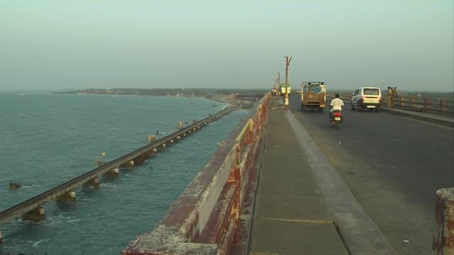 Pull back pamban bridge rameshwaram