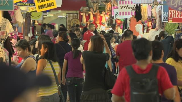 Pull back Shot Green Hills Shopping Centre Crowds Manila Metro Manila Philippines
