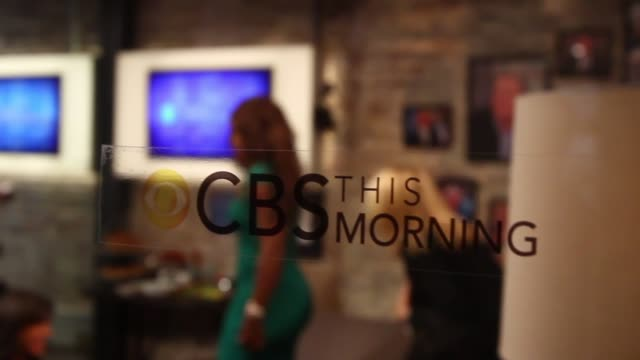 pull focus shot close up of cbs signage and us open champion serena williams before appearing on the 'cbs this mornign' show no - gayle king stock videos & royalty-free footage