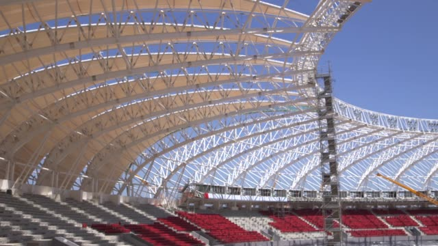 pull focus shot construction at estadio beirario in porto alegre continues home to the sport club internacional one of brazil's biggest clubs the... - porto alegre stock-videos und b-roll-filmmaterial