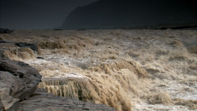 Pull out on the fast flowing Yellow River in China.