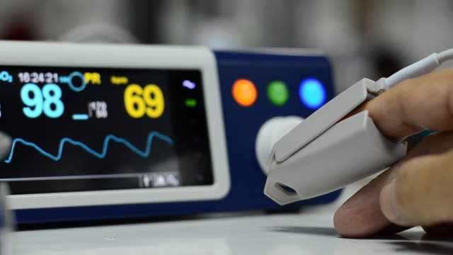 pulse oximeter - surveillance stock videos and b-roll footage