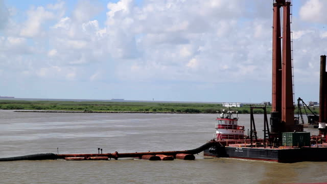 vidéos et rushes de circulation sanguine - fleuve mississippi