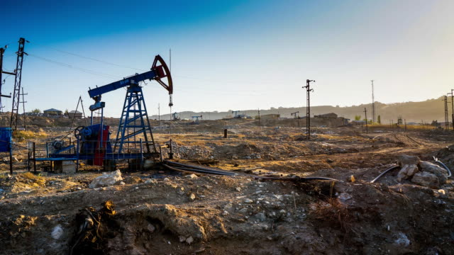 tl pumpjack. extraction of oil / azerbaijan, baku - baku video stock e b–roll