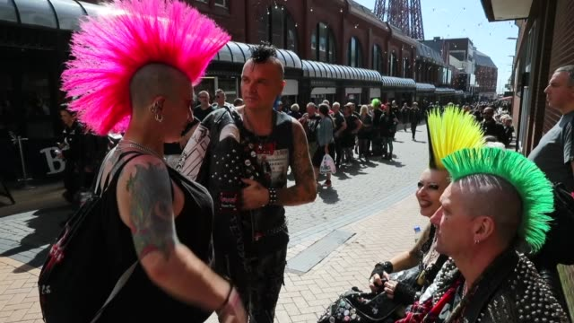 punks from around the world gather in blackpool for the four day rebellion festival on august 04 2016 in blackpool england thousands of punks have... - punk music stock videos & royalty-free footage