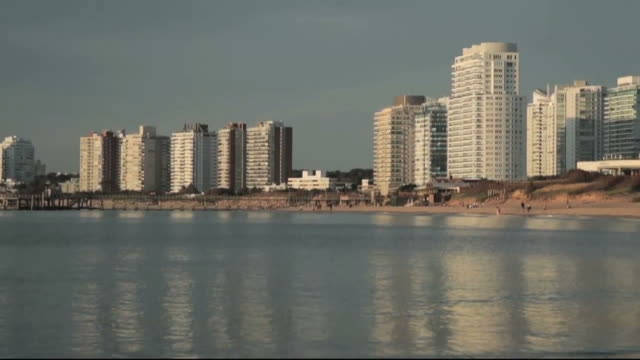 punta del este skyline sunset. - uruguay video stock e b–roll