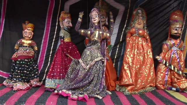 vídeos de stock e filmes b-roll de ms puppet show at surajkund fair / faridabad, haryana, india - fantoche