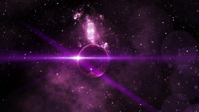 vídeos de stock e filmes b-roll de purple planet in deep space - nebulosa
