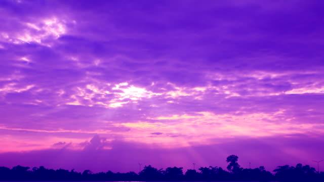 purple sky - lila stock-videos und b-roll-filmmaterial
