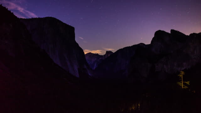 purple sunset at tunnel view, yosemite national park - time lapse - half dome stock videos & royalty-free footage