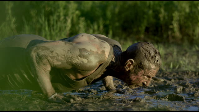 pushups in the mud - mud stock videos & royalty-free footage
