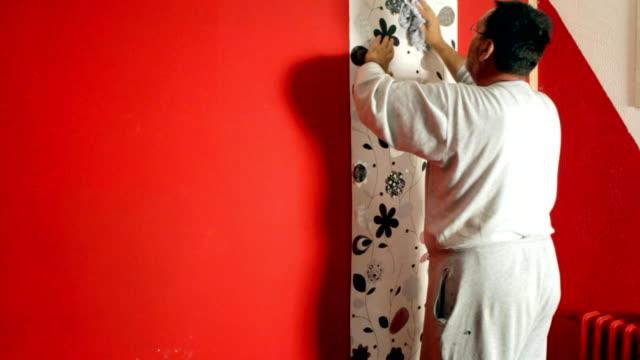 vidéos et rushes de putting-papiers peints sur le mur - papier peint