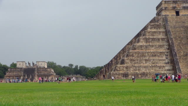 pyramid of kukulkan and plaza of a thousand columns - chichen itza stock videos and b-roll footage