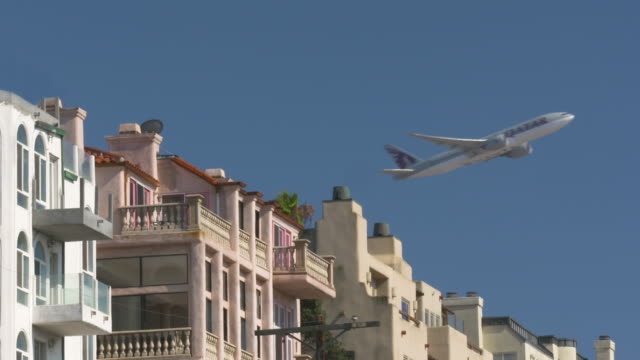 qatar airlines take-off - qatar stock videos & royalty-free footage