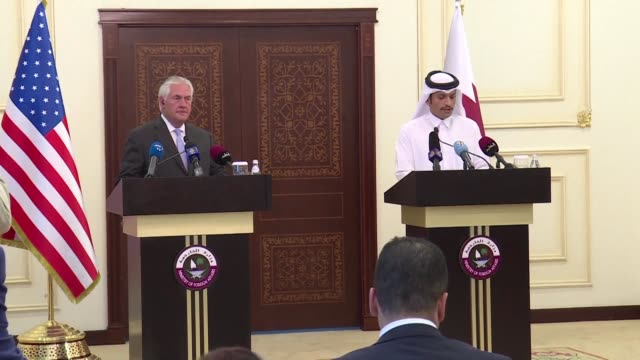 qatar and the united states sign a deal on combatting terrorism as visiting us secretary of state rex tillerson pursues efforts to resolve the gulf... - golfstaaten stock-videos und b-roll-filmmaterial