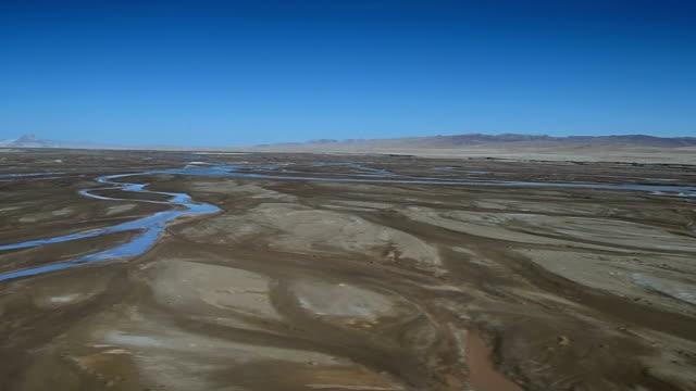 qinghai-tibet plateau in china 03 - tibetan plateau stock videos & royalty-free footage