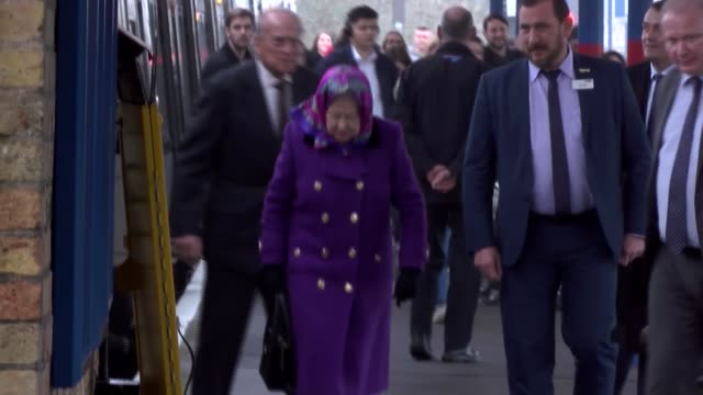 queen and prince philip arrival at king's lynn train station england norfolk king's lynn railway station ext queen elizabeth ii and prince philip... - königin elisabeth ii. von england stock-videos und b-roll-filmmaterial