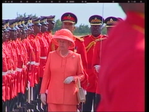 queen and prince philip collection 4 t18020211 jubilee tour jamaica arrival in kingston guard of honour motorcade people in street and voxpops tom... - collection stock videos & royalty-free footage