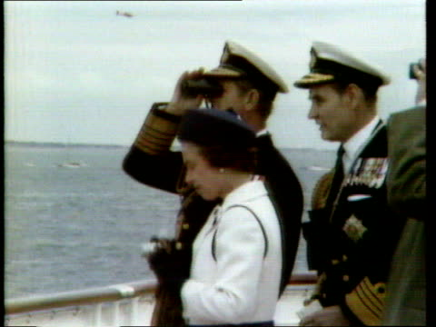 queen and prince philip collection 7 28677 the solent queen elizabeth ii fiddling with camera as prince philip looks through binoculars - prince stock videos & royalty-free footage