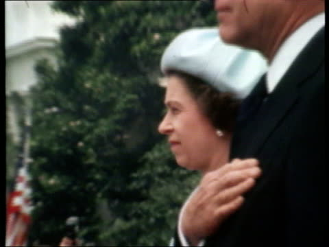 Queen and Prince Philip Collection 7 7776 Queen Elizabeth II meets President Gerald Ford at White House USA Washington DC Queen Elizabeth II standing...