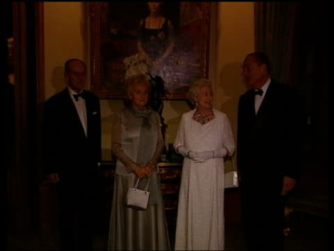 Queen and Prince Philip Collection 8 16886/0416886/04 French President Jacques Chirac attends a banquet at Windsor Castle Windsor Chirac the Queen...