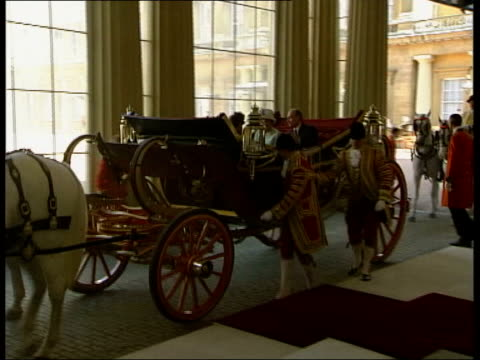 Queen and Prince Philip Collection 8 T24060309 Russian President Vladimir Putin State Visit to UK London Queen Putin in carriage both out of carriage...