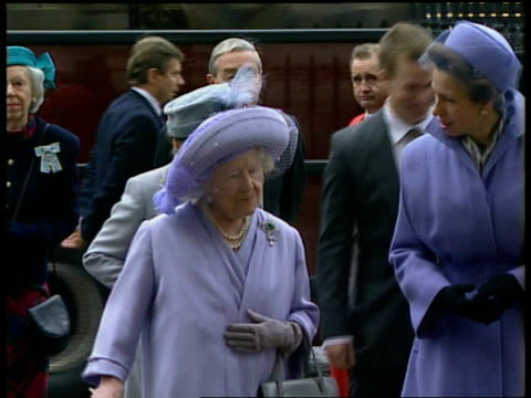 Golden wedding anniversary EXT Queen Mother Princess Royal and Princess Margaret arriving for service with son of Princess Anne Peter Phillips