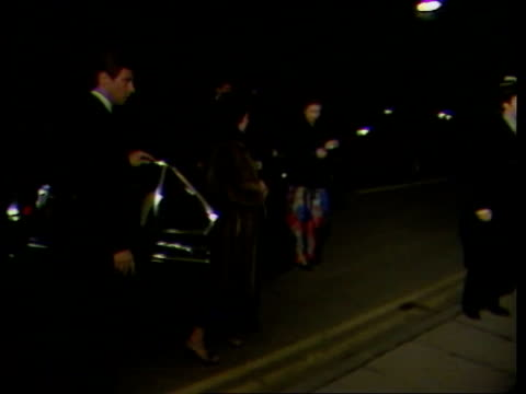 stockvideo's en b-roll-footage met queen and princess margaret attend prince edward revue england cambridge princess margaret out of car pull out on arrival at revue as the queen and... - prinses margaret windsor gravin van snowdon